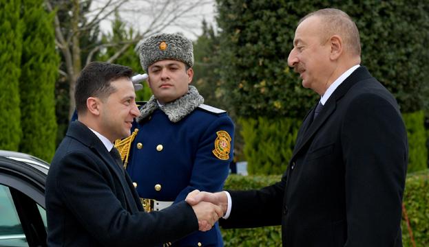 Зеленский и Алиев обсудили войну на Донбассе и конфликт в Нагорном Карабахе