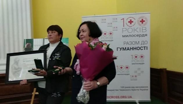 Дві українки здобули найпрестижнішу світову нагороду медсестер