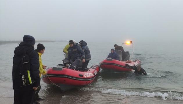 Одесские водолазы изъяли доказательства и документы с танкера Delfi