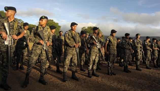 Армія Гондурасу взяла під контроль усі в'язниці у країні через сутички