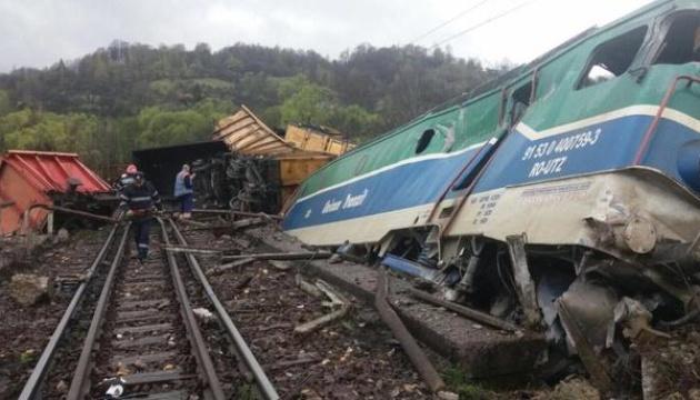 Зіткнення потягів у Румунії: 11 постраждалих