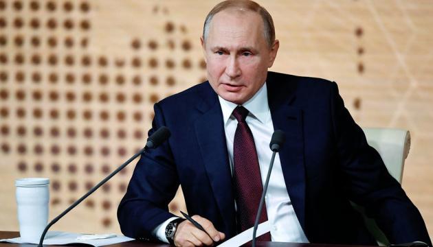 Poutine affirme que les « milices » dans le Donbass sont armés par un « État qui sympathise avec eux »