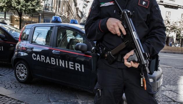 В Італії розслідують діяльність структури, яка вербувала найманців для війни на сході України