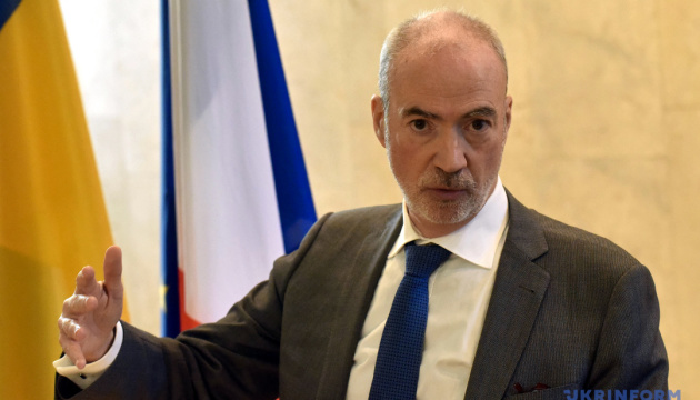 France not holding behind-the-scenes talks with Russia on Ukraine - ambassador