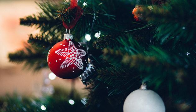 Новорічні свята та карантин: головну ялинку можуть «засвітити» онлайн
