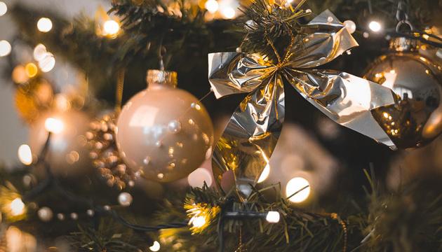 Ивано-Франковск сегодня зажжет праздничные огни на елке - мэр