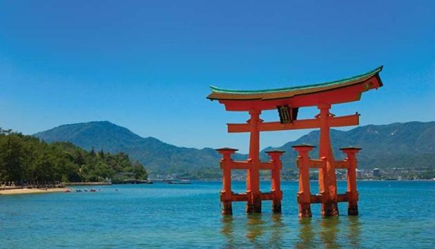 Популярный среди путешественников японский остров вводит туристический налог
