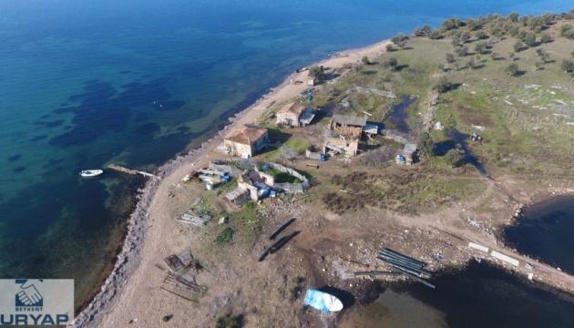 У Туреччині пустять з молотка чотири острови та півострів