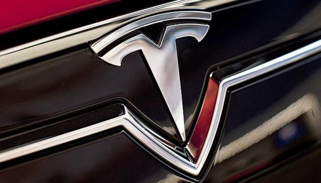 Акции Tesla выросли на $40 миллиардов за час