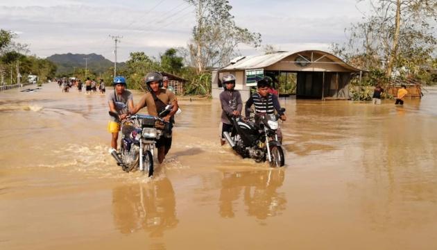 На Филиппинах бушует тайфун «Гони»: есть погибшие
