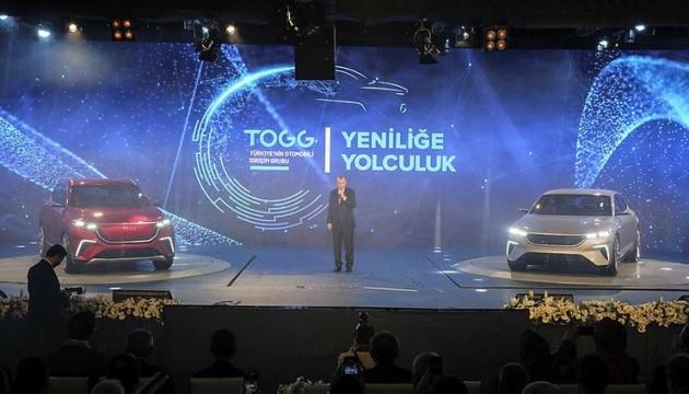 Эрдоган представил первый турецкий электрокар