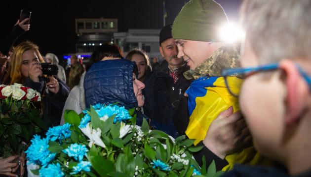 У Мінветеранів сказали, чого насамперед потребують звільнені з полону українці