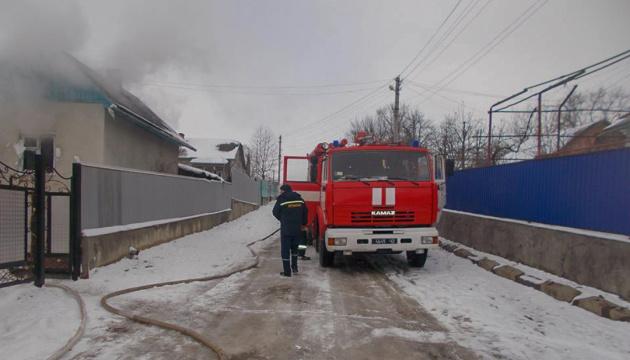 На Тернопільщині 21-річний юнак виніс з вогню односельця