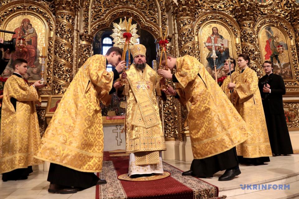 Святкове богослужіння на честь річниці отримання Томосу Православною церквою України / Фото: Геннадій Мінченко, Укрінформ
