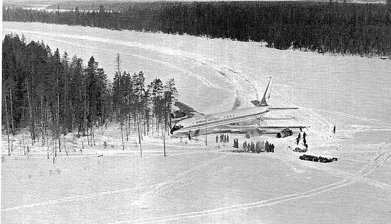 Boeing 707 на озері Корпіярві. 1 квітня 1978 року