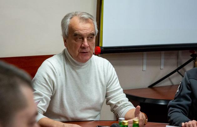 Микола Білоус