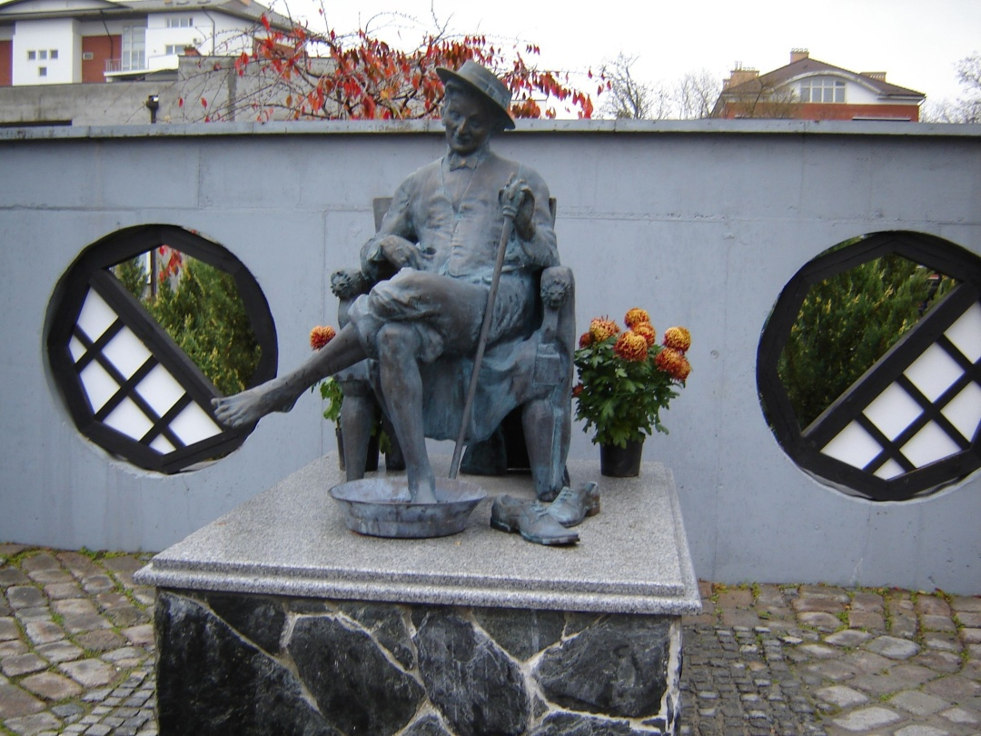 Пам'ятник Мішці Япончику в Одесі