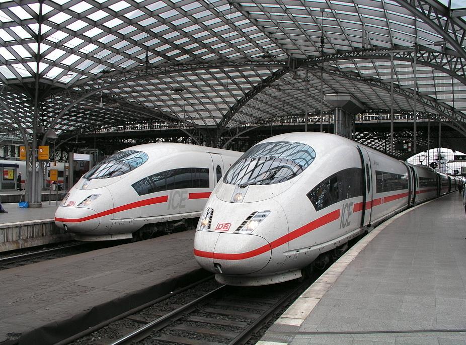 ICE - основний тип поїздів на далеких напрямках, які обслуговує Deutsche Bahn