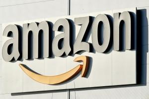 Amazon представила домашнього дрона-охоронця
