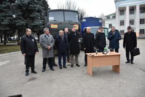 Четыре страны передали гуманитарный груз для жителей Донбасса
