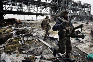 """Kampf um Flughafen Donezk: Heute ist Gedenktag an """"Cyborgs"""""""