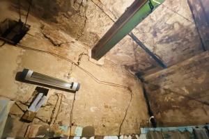 Переповнені камери та грибок на стінах: Офіс Омбудсмена перевірив Київський СІЗО