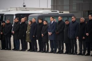 Керівники держави прибули на церемонію вшанування пам'яті загиблих в Ірані