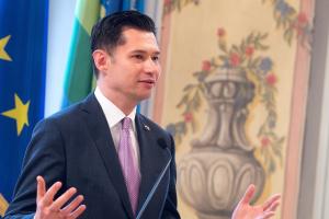 Посол в Австрии ответил на призыв австрийского экс-канцлера снять санкции с РФ