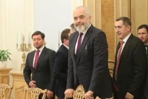 Le chef de l'OSCE se rend à Moscou pour discuter du Donbass
