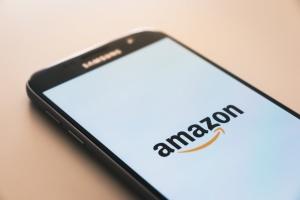 Керівництво Amazon помилково наказало працівникам видалити TikTok