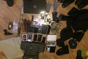 На Київщині затримали банду, яка грабувала елітні маєтки