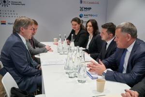 Реформа УЗ та агрокредити: Зеленський у Давосі зустрівся із керівником Cargill Financial