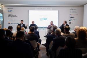 Україні слід тимчасово відмовитися від гармонізації законодавства із ЄС - Арахамія