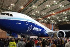 Boeing відклав перший політ 777X