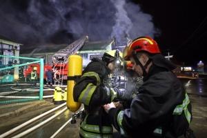 Под Киевом горел магазин мебели