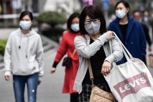 У посольстві радять українцям виїхати з Китаю через коронавірус