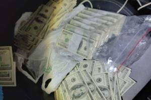 На хабарі у $85 тисяч взяли чиновника Полтавської ДФС