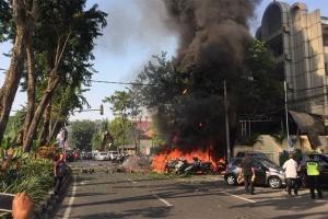 Кількість жертв вибуху бензовоза у Перу зросла до 8