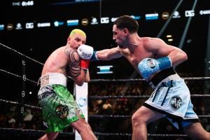 Український боксер Редкач програв Гарсії одноголосним рішенням суддів