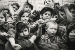 Голокост: не лише пам'ятати, а й розуміти, чому це з людством сталося