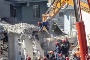 Количество жертв землетрясения в Турции возросло до 38