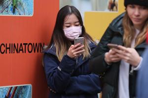 Посольство радить українцям виїхати з Китаю через коронавірус