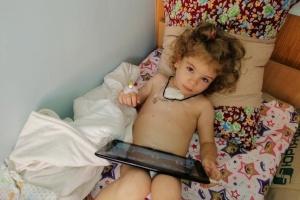 Крапля добра: 3-річній Алісі Кургановій потрібні донори крові
