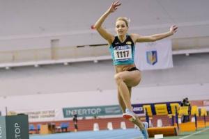 Легкоатлети мають виступати в єдиній формі на національних змаганнях - ФЛАУ