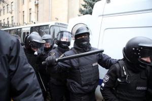 Під час сутичок у Харкові постраждали журналіст і поліцейський