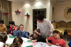 Українців у Кувейті навчали мистецтву писанкарства