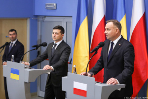 """Selenskyj: """"Grad der Emotionen"""" in Beziehungen mit Polen gesunken"""