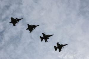 Истребители НАТО над Балтикой дважды сопровождали российские военные самолеты