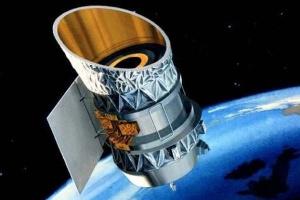 Два спутника могут столкнуться на орбите Земли