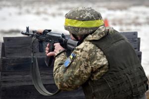 Konfliktgebiet Ostukraine: Verteidiger von Hnutowe unter Beschuss der Besatzer